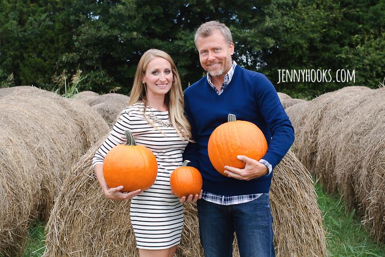 Fall Pregnancy Announcement Session – Fall Birth Announcements